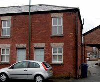 3 bed property, derby street, ds82